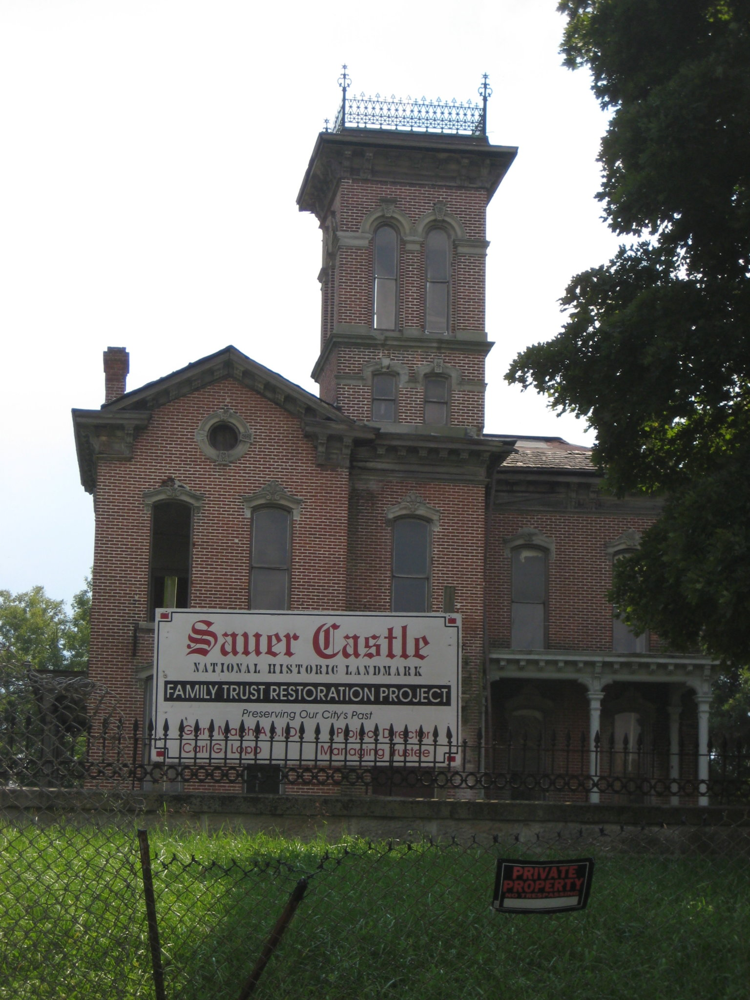 Sauer Castle, casa di misteri e di fantasmi?