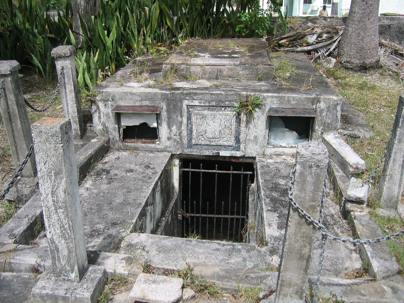 Il mistero della tomba maledetta di Thomas Chase